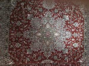 Rentvättad matta i julens färg